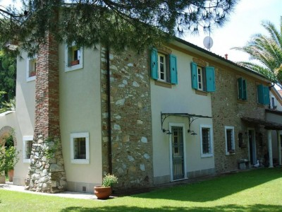 24959-fiumetto-pietrasanta-vendita-rustico