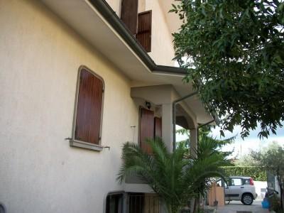 24963-torre-del-lago-lago-viareggio-vendita-casa-a-schiera
