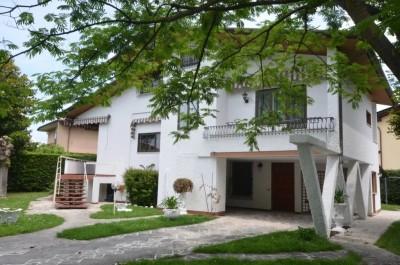 25104-forte-dei-marmi-centro-forte-dei-marmi-vendita-villa